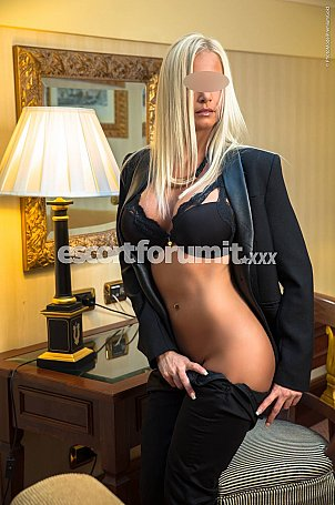 Nikoletta__ Catania  escort girl
