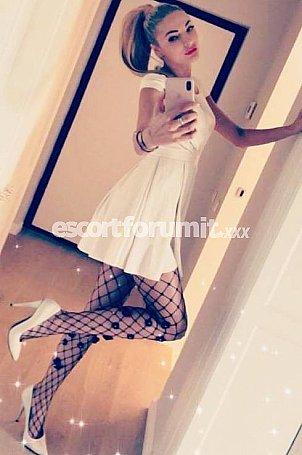 Carolina escort Milano +393889030223