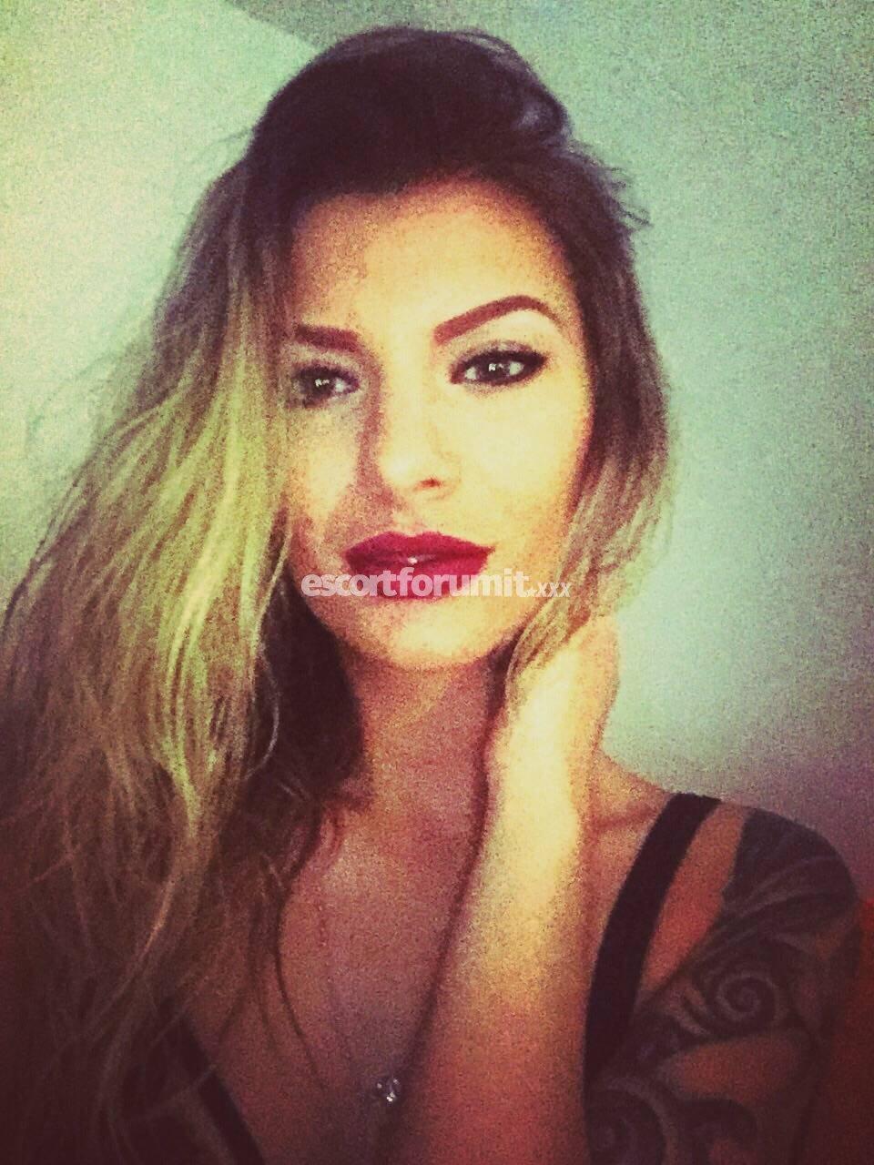 erotismo donna trovare ragazze online