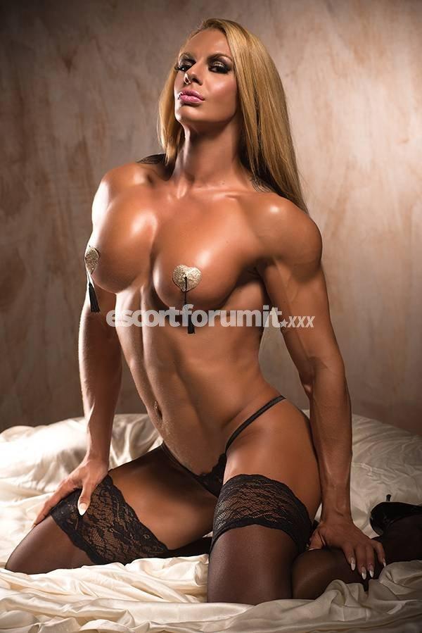 cute nude women bent ovet