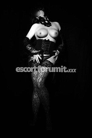 Eleonora Italiana Milano  escort girl