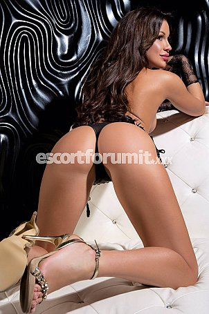IVANNA TOP Milano  escort girl