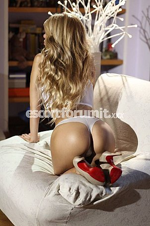 Kelly Top Italiana Milano  escort girl