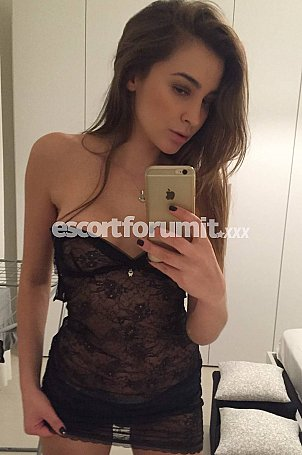 VIVIAN_HOT Roma  escort girl