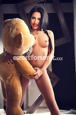 MONICA Milano  escort girl