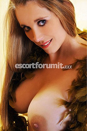 BARBIE GIRL Milano  escort girl