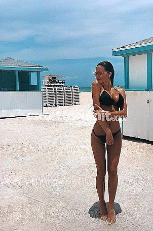 Maya Torino  escort girl