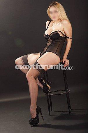 Victoria Blondie Milano  escort girl