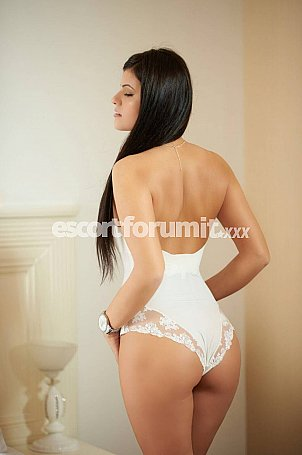 Monika Firenze  escort girl