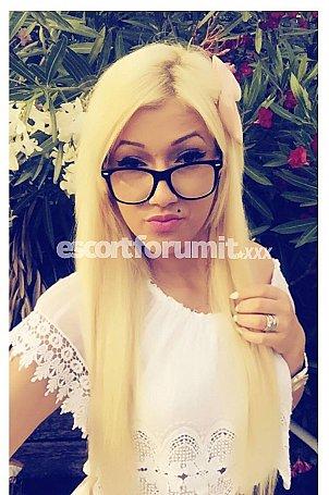 SARA Rimini  escort girl