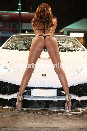 CHANEL BOMBA SEXY Saronno  escort girl