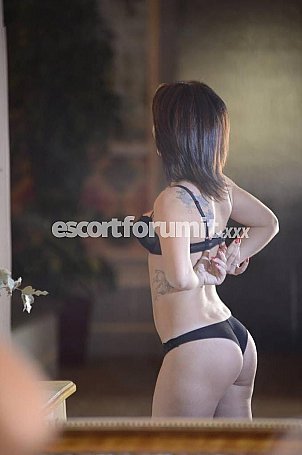 Mia Roma  escort girl