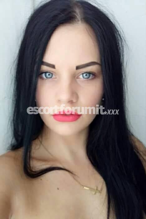 EMMA TOP HOT