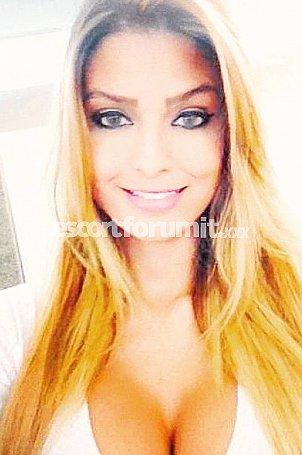 Elisa_Sanchez Como  escort girl