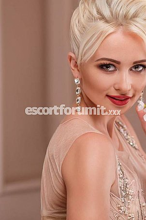VIKTORIA Firenze  escort girl