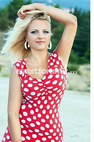 Olga Pescara  escort girl