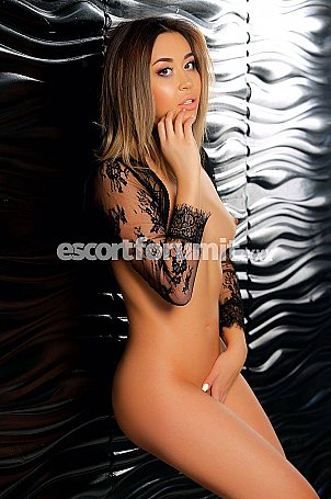 ROXI Roma  escort girl