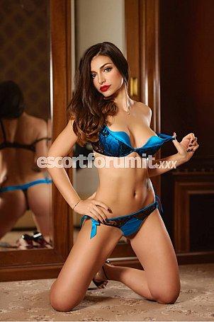 Victoria Milano  escort girl