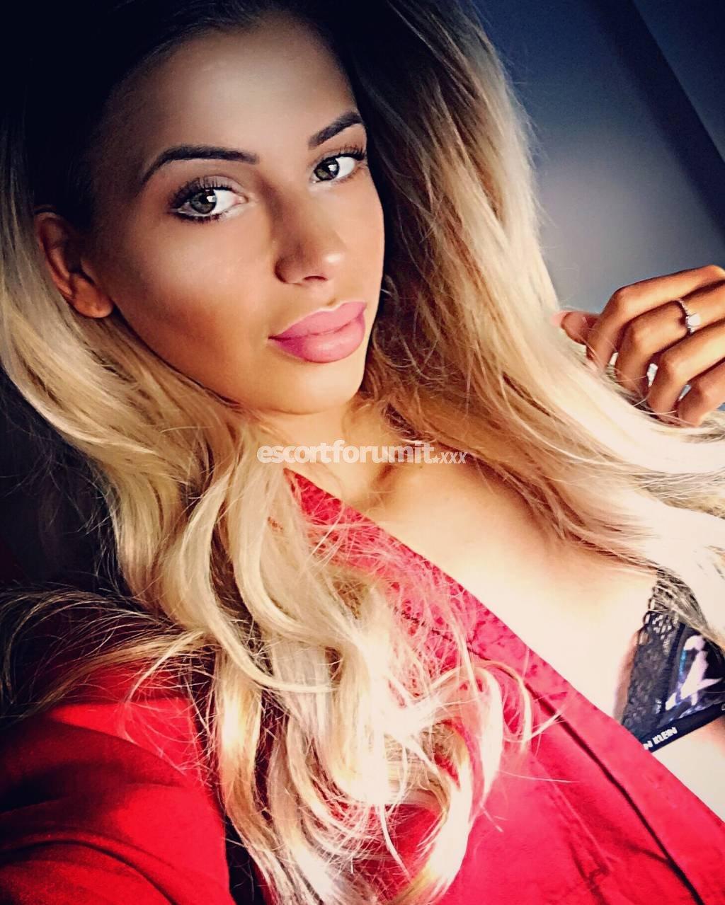 --Antonia--