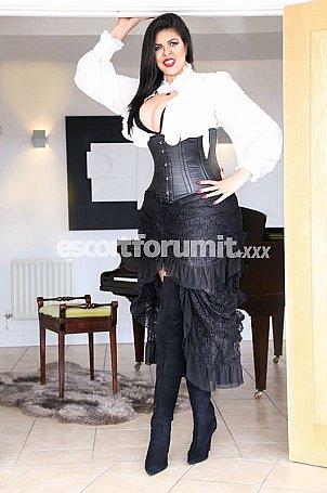 Biga tall woman Roma  escort girl