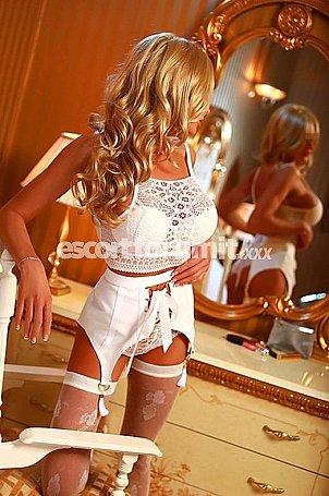 EVELINA Merano  escort girl