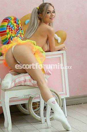 Joya Milano  escort girl