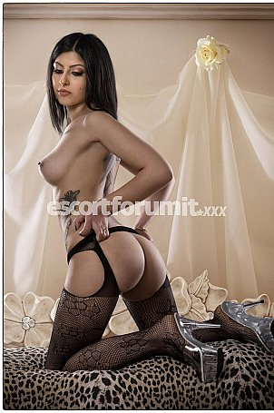 ISABELLA SUPER HOT Roma  escort girl