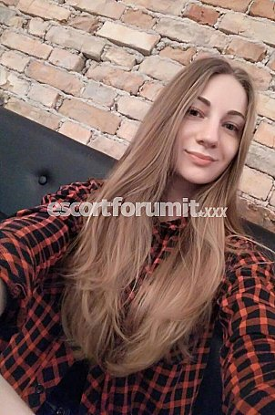 Nelly_ORM Torino  escort girl