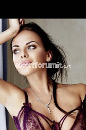 Bella Milano  escort girl