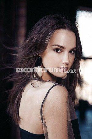 Gabriela Bari  escort girl