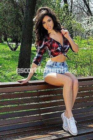 Celine 18 yo Genova  escort girl