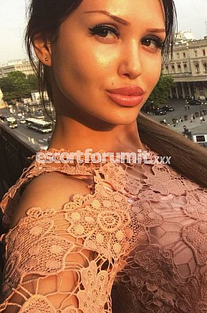 Alenka Bari  escort girl