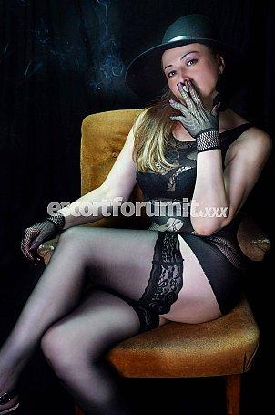 ANGELICA MILF RUSSA_ Latina  escort girl