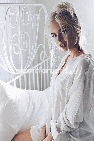 Michelle Torino  escort girl