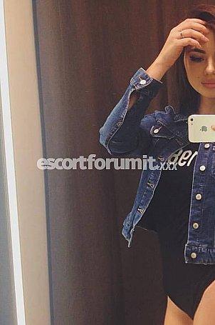 Madina Torino  escort girl