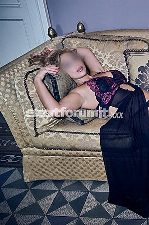 Chantal Taormina  escort girl