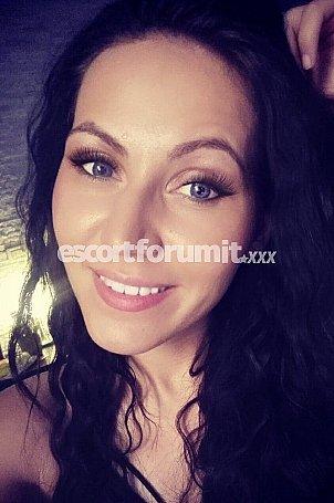 Becky Mestre  escort girl